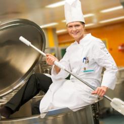 Di tkoch k chin efz lehrstellen und berufsbild for Koch 1 lehrjahr lohn