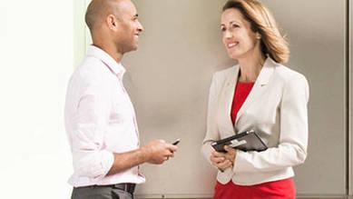 Wir bieten dir eine umfassende kaufmännische Grundbildung mit hohem Praxisbezug an. Damit hast du super Chancen für deine berufliche Zukunft.